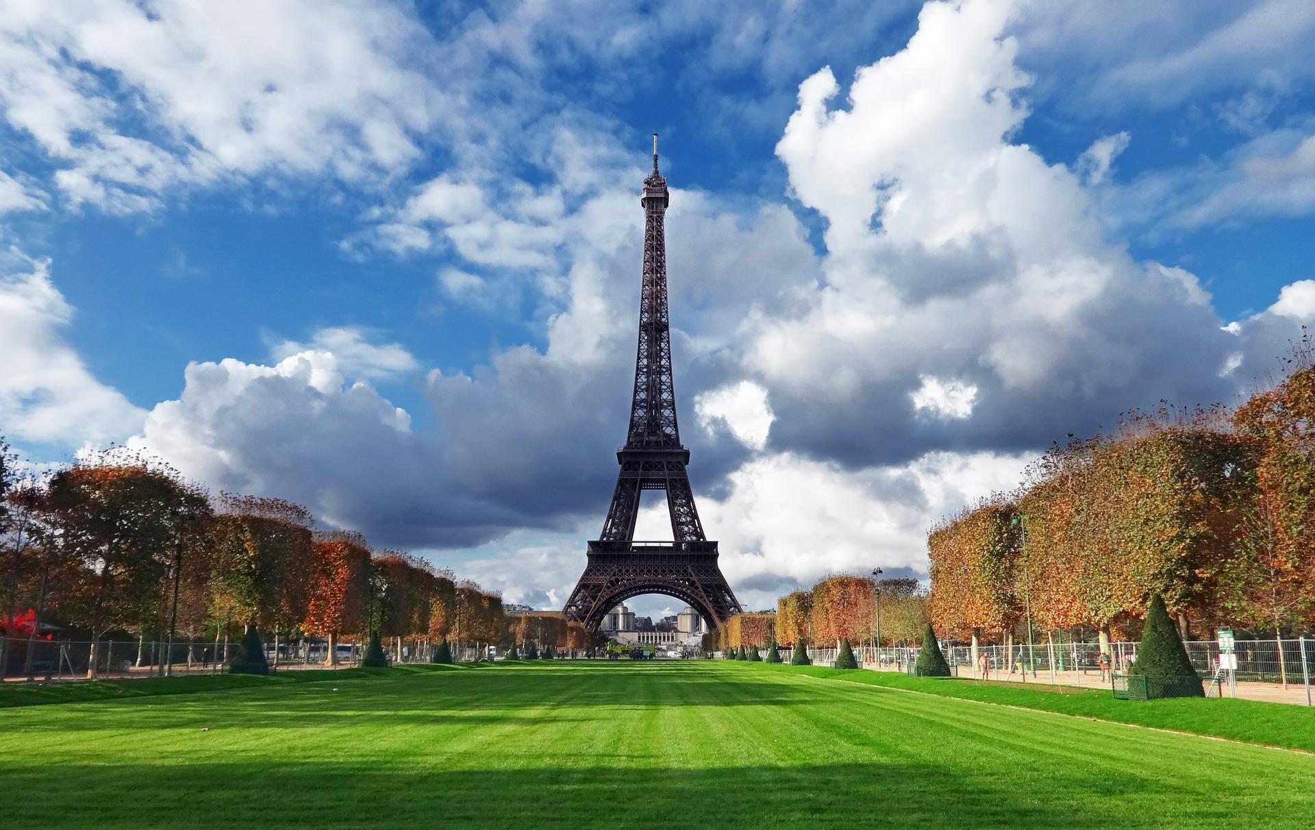 paris airport to eiffel tower