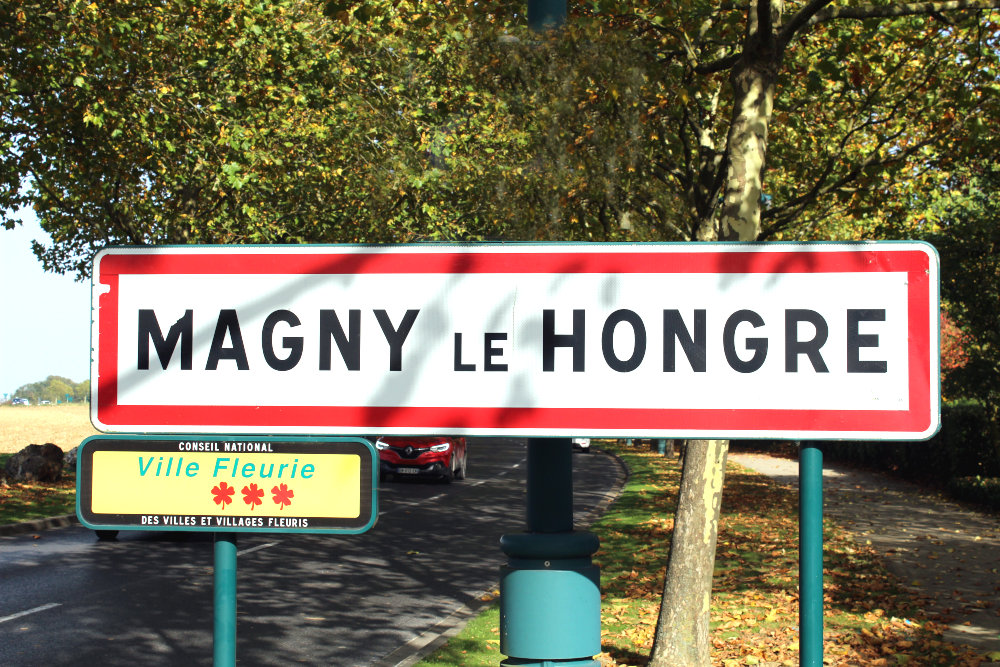 Taxi from Orly airport to Magny le hongre