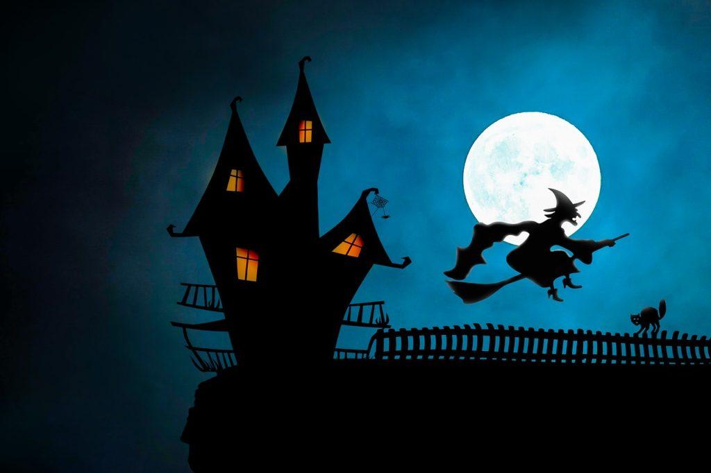 The Spookiest Halloween at Disneyland Paris 2019