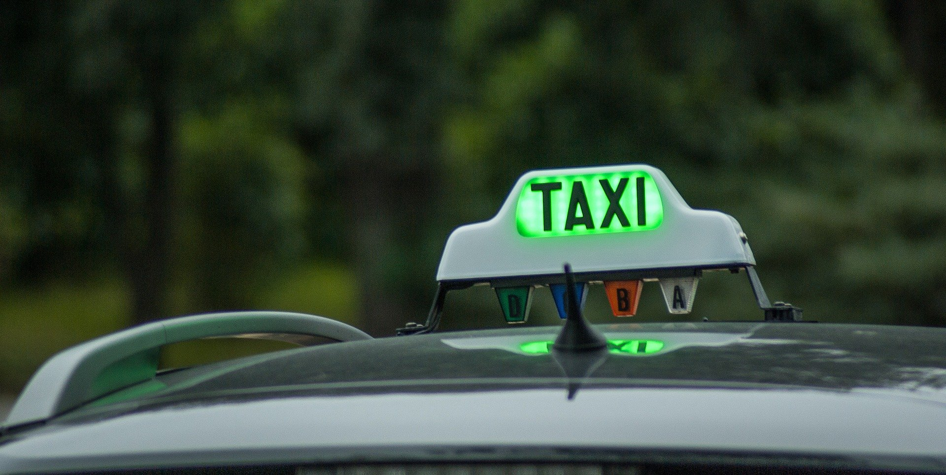 Taxi to Newport Bay Club