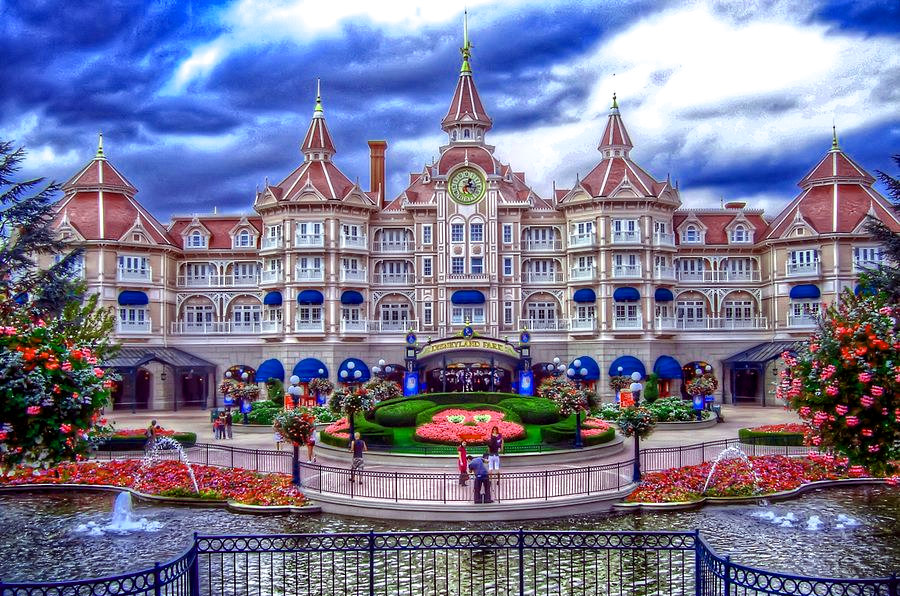 Transfers from Orly Airport to Hotel Disneyland